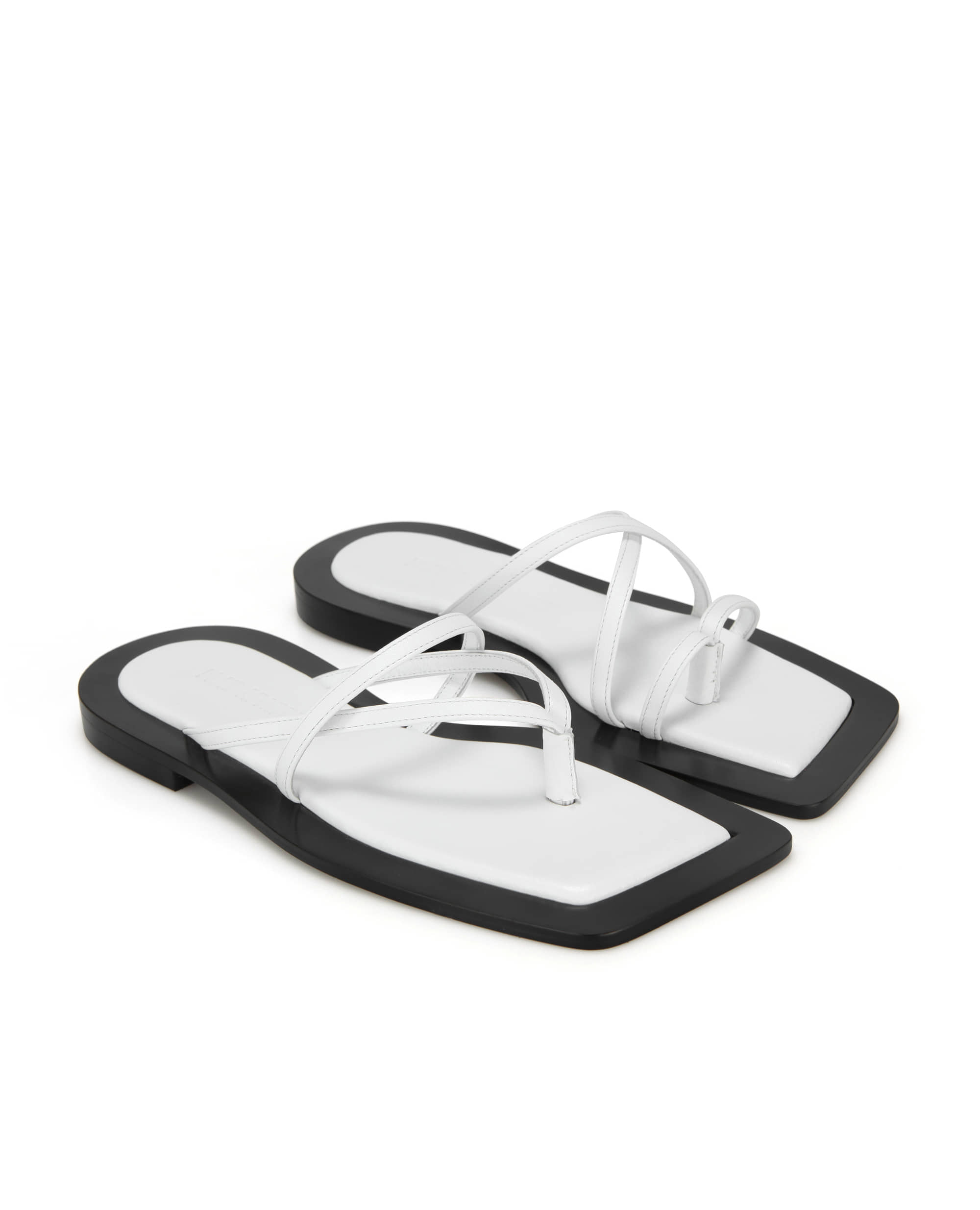 Wide square sole sandals | White