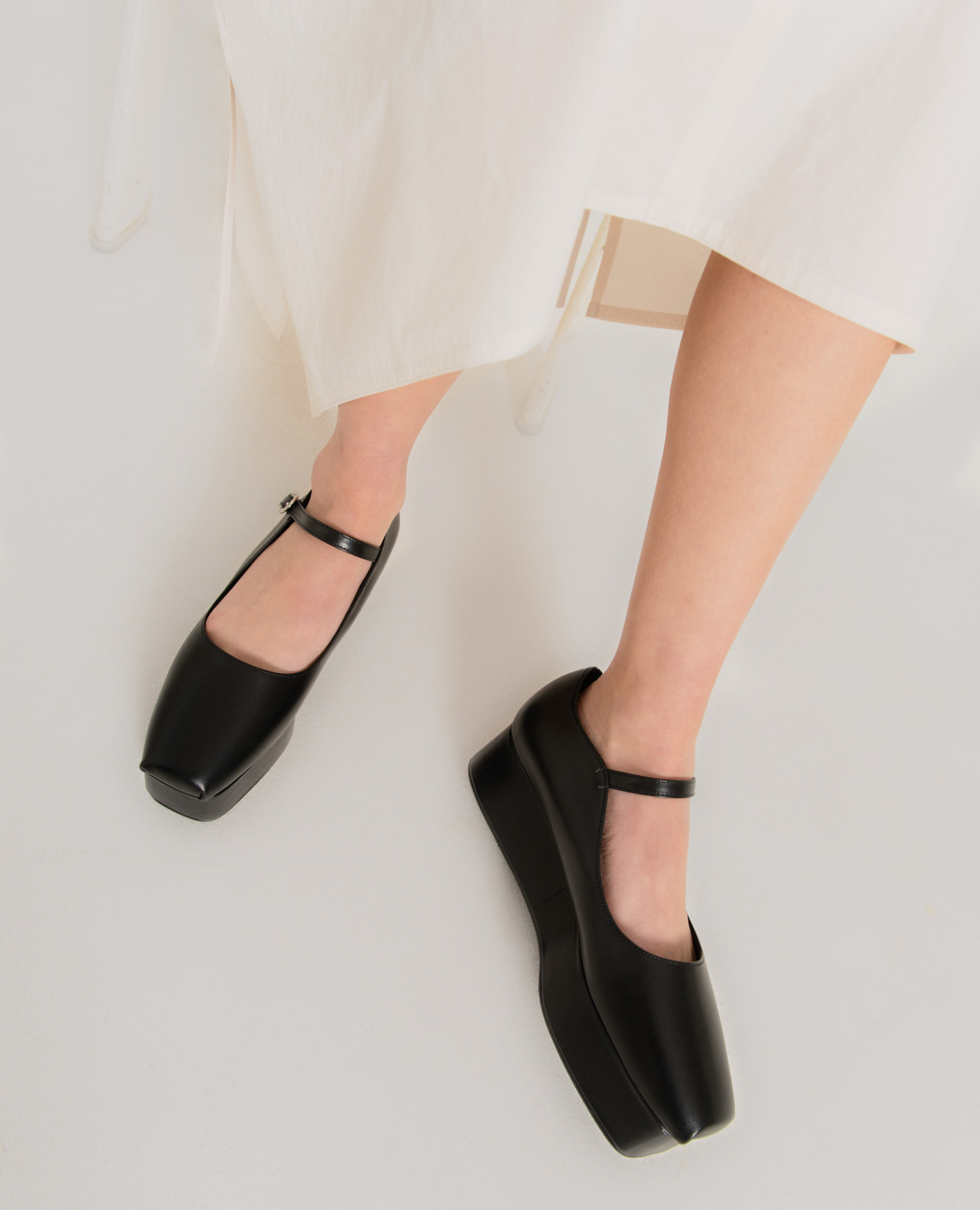 Ballet Toe Mary Jane Platforms | Black